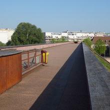 ストラスブールの水運をまもるダム。ここからの眺めがすばらしい。現代美術館のとなり。