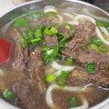 写真:劉山東牛肉麺