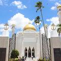 写真:オマール アリ サイフディン モスク