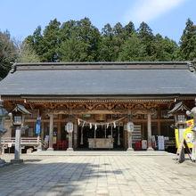 大きな神社です