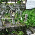 写真:藍染川 梅壺侍従の蘇生の碑