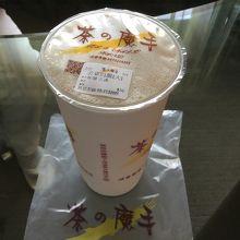 暑い台南で飲み物は必需品です
