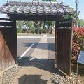 写真:幸田露伴旧宅の門