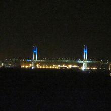 ベイブリッジ夜景