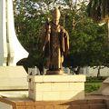 写真:ヨハネ パウロ2世教皇像