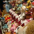 写真:ワールドディズニーストア (迪士尼世界商店)