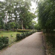 公園があります