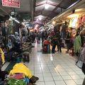 写真:ブリンハルジョ市場