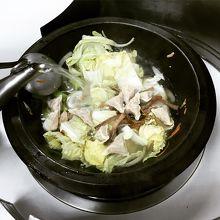 スルメイカで出汁がごくごく飲めちゃう絶品鍋