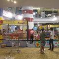 写真:グルメマーケット (ターミナル21)