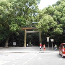 熱田神宮一の鳥居
