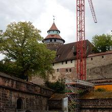 旧市街が見渡せる城塞
