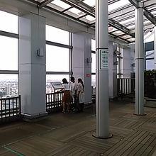 最上階は展望テラスになっています