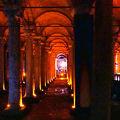 写真:地下宮殿 (イェレバタン貯水池)