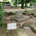 写真:被爆した墓石 (慈仙寺跡の墓石)