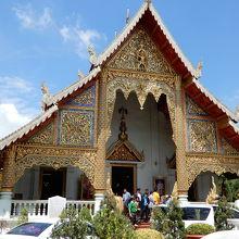 見ごたえのある寺院