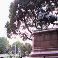 写真:北白川宮能久親王銅像