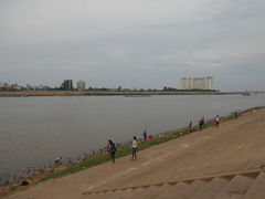 トンレサップ川