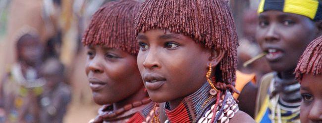 エチオピア南北周遊17日間?ハマー村の祝宴