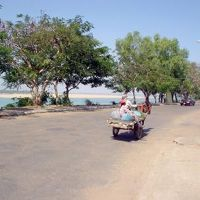 国境の町・クラチエ1: 「メコン、イルカ、馬車」 静かな町