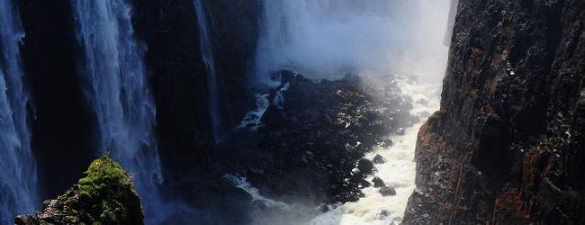 ヴィクトリアの滝 - ジンバブエ側