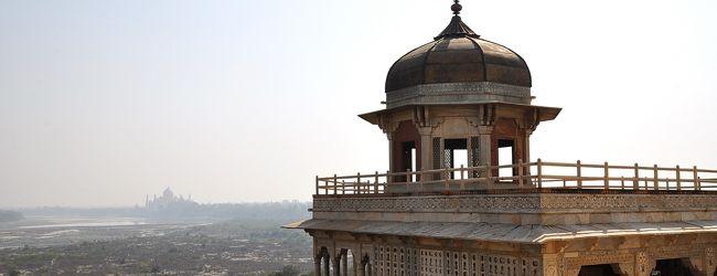 インドひとり旅�(アグラ・アグラ城)