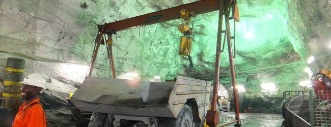 AngloGold Ashanti社のオブアシ金鉱ツアー