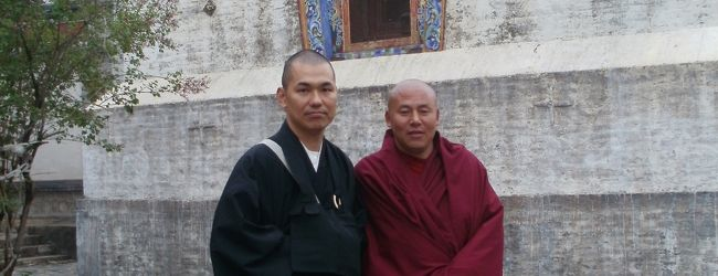 蒼天の大地にたたずむ仏教寺院を訪ねたく...