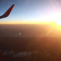 2015年初日の出は空の上から(その1、成田6時10分発のフライトで機内から初日の出を!)