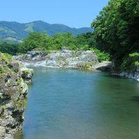 自然が作り出す岩畳のアートを見に長瀞へ