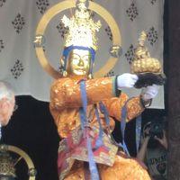 """古代大和の西方にあり白鳳・天平様式の大伽藍を擁する古刹・當麻寺の大祭""""練供養""""を拝観。"""