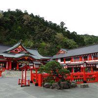 たくさんの鳥居を抜けた先にある太皷谷稲成神社、津和野駅でSL「D51」と記念撮影!/島根・津和野