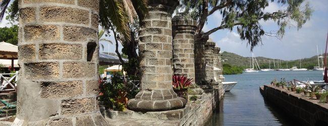 カリブ海に浮かぶ小さな国アンティグア・...