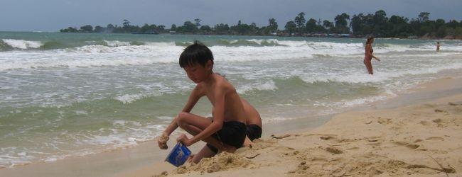 波乱尽くめの夏旅行。家族でカンボジア、...