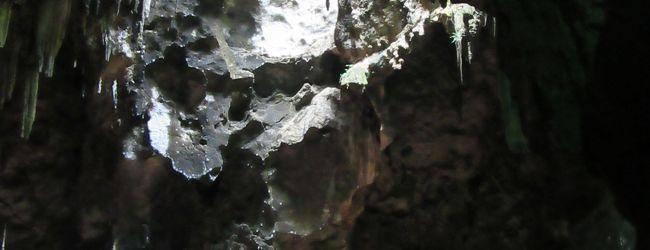カオ・ルアン洞窟目指してペッチャブリー...