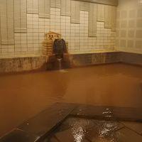 岸権旅館で黄金の湯を楽しむ(2-2)
