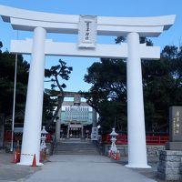 唐津-2 唐津神社に参拝 白い大鳥居が印象的 ☆唐津城天守閣は工事閉館中