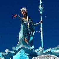 ♪レリゴー〜Let It Go〜♪少しも寒くないわ〜♪のはずが…東京ディズニーランドスペシャルイベント「アナとエルサのフローズンファンタジー」へ&最後に「君の持つ〜クリスタルは〜♪」!