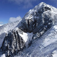 南八ヶ岳 編笠山〜西岳 (テン泊で雪上ロープワーク訓練とノロシバ往復でギボシを仰ぐ)