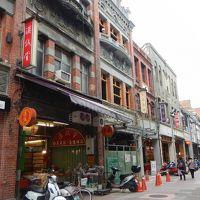 週末台北�「霞海城隍廟」へお参り・・迪化街街歩き。