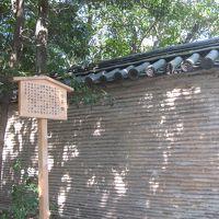 名古屋・熱田神宮の信長塀とか。