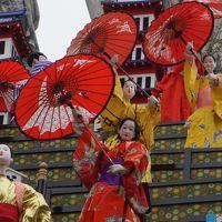 日立風流物の日立から常陸太田と水戸の街歩き(一日目)〜ユネスコの無形文化遺産に登録された巨大な屋台は、からくり人形が意外にぎこちない動き。それはそれとして、桜祭りと一体となった和やかな雰囲気を楽しみます〜