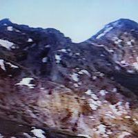 1988年(昭和63年)6月 南八ヶ岳縦走登山(美濃戸口 硫黄岳(2742m) (硫黄岳石室宿泊) 横岳(2835m) 赤岳(2899m) 真教寺尾根 清里)初めての山小屋を体験しました。