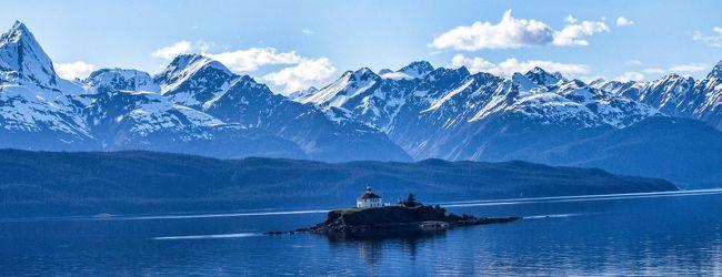 青く 輝く 氷河に 癒された 旅でした〜