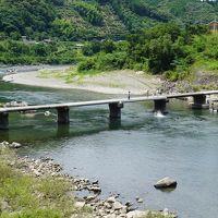 絵金祭り&アドベンチャラスな高知山間部の旅(三日目)〜四万十トンボ自然公園は、これぞ楽園。一條家の遺跡もチェックした後は、四万十川流域あちこちに息づく高知山間の沈下橋を回りまくり。松葉川温泉も意外な穴場です〜