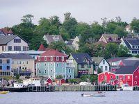 413-還暦記念旅行で半世紀をかけた夢、「赤毛のアン」のプリンスエドワード島でアンになる!…�世界遺産の可愛らしい街「ルーネンバーグ」