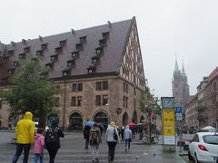 フランス・ベルギー・ドイツ3週間ひとり旅 (NO.17) :7月27日(木) ニュルンベルク カイザーブルグの深〜い井戸&そこそこの高さの塔 デューラーの家