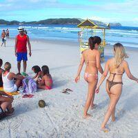 リオデジャネイロで最も愛するビーチの一つ、カーボフリオCabo Frio- Praia do Forte - という海岸#2(リオデジャネイロ/ブラジル)