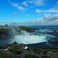 カナダ紅葉ドライブとアメリカ2都市の旅 2日目 (トロント、ナイアガラ・フォールズ)