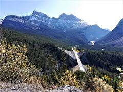 個人で行く秋のカナダ周遊 2.コロンビア大氷原、ボウレイク、ペイトレイク観光